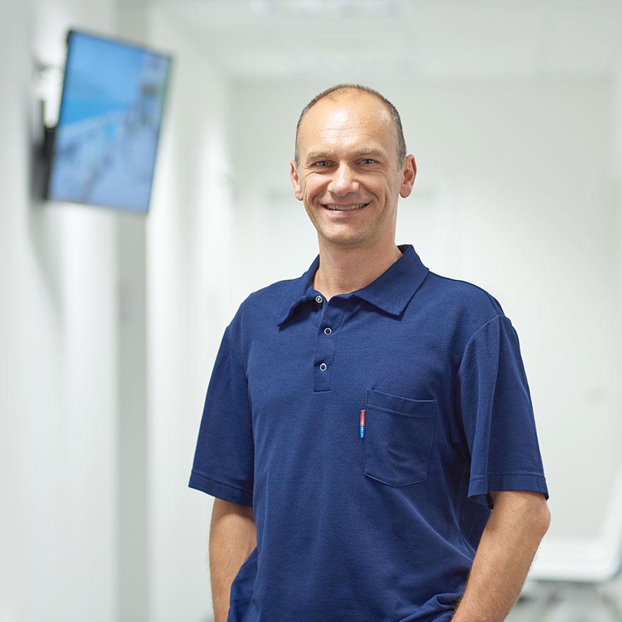 Dr. Iwan Di Gallo